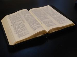 Bibel IV